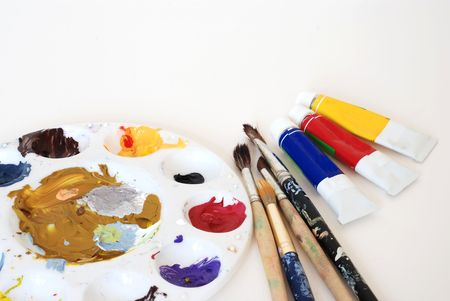 Painter's palette, brushes and color tubes Stock Photo - 4580126