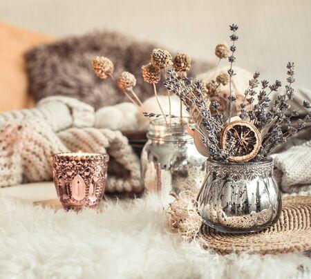 Autumn still Life home decor in a cozy house. Autumn weekend concept. Fall home decoration. Banco de Imagens