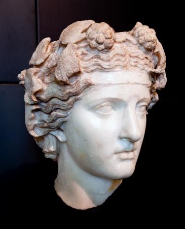 Hoofd van Dionysus Pentelic marmeren Romeinse eclectische werk geïnspireerd door Hellenistische modellen Stockfoto