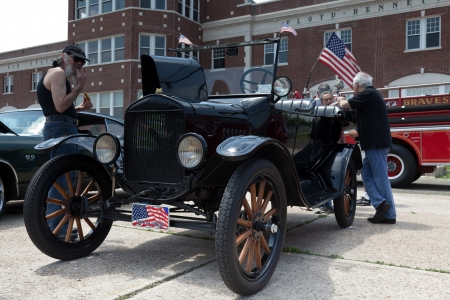 bennett: Ford Model T at the Antique Automobile Association of Brooklyn Annual Show on June 10, 2012 at the Floyd Bennett Field in Brooklyn, New York, USA   Editorial