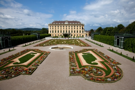 nbrunn: Schönbrunn Palace is a former imperial 1,441-room Rococo summer residence in Vienna, Austria  One of the most important cultural monuments in the country, it is one of the major tourist attractions in Vienna   Editorial
