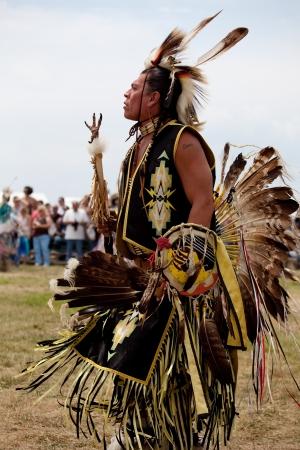 Pow Wow Native American Festival in Floyd Bennett Field op 6 juni 2010 in Brooklyn, NY Redactioneel