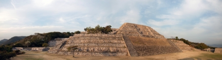 morelos: Xochicalco is a pre-Columbian archaeological site in the Municipality of Miacatl�n in the western part of the Mexican state of Morelos
