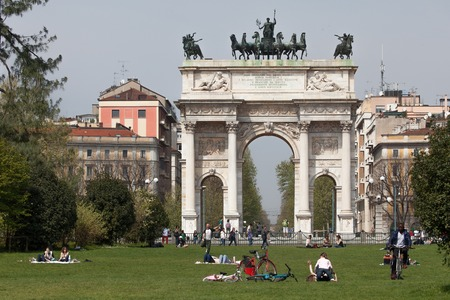 back gate: Porta Sempione (Simplon Gate) is a city gate of Milan, Italy is marked by a landmark triumphal arch called Arco della Pace (Arch of Peace), dating back to the 19th century, but its origins can be traced back to a gate of the Roman walls of Milan.