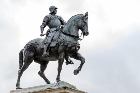 15. Jahrhundert Statue von Bartolomeo Colleoni der berühmte Condottiere oder Kommandant von Söldnern in Venedig, Italien