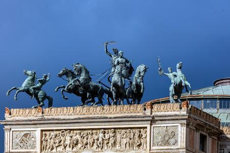 quadriga: Bronze quadriga depicting the Triumph of Apollo and Euterpe by Mario Rutelli on top of the triumphal arch shaped entrance to the Teatro Politeama, built in 1865-91 in Palermo, Sicily. Stock Photo