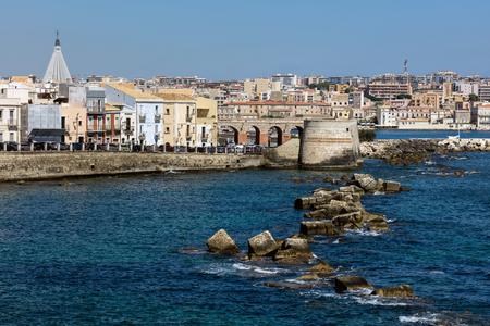 ortigia: Waterfront of the Ortigia island, the historical center of the city of Syracuse, Sicily, Italy. Stock Photo