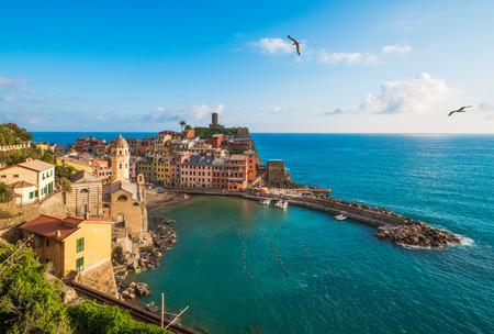 Cinque Terre (Five Lands in Inglese) - The awesome landmark of Liguria region, north Italy Standard-Bild