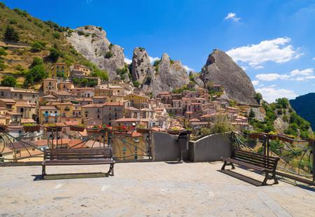 Castelmezzano (Italy) - A small altitude village, dug into the rock in the natural park of the Dolomiti Lucane, Basilicata region, also famous for the spectacular Angel flight Banco de Imagens
