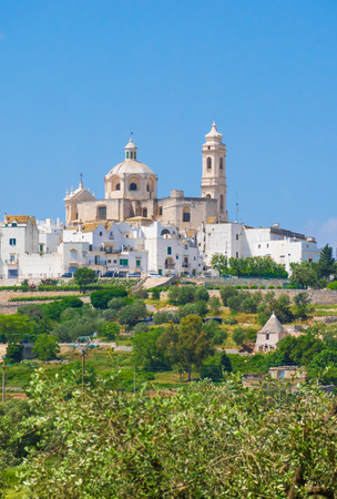 Locorotondo (Puglia, Italy) - The gorgeous white town in province of Bari, chosen among the top 10 most beautiful villages in Southern Italy. Here a view of historic center. Stockfoto