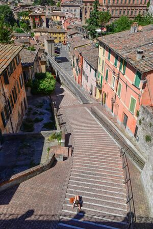 Perugia (Italy) - The suggestive medieval city, capital of Umbria region, in central Italy. Here a view of artistic historical center. Banque d'images - 143476687