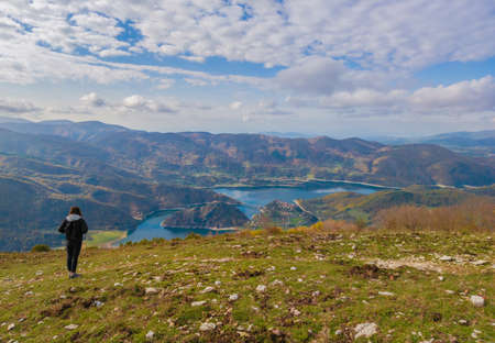 Turano lake (Rieti, Italy) and the town of Castel di Tora - Here a view from Navegna mount Reklamní fotografie