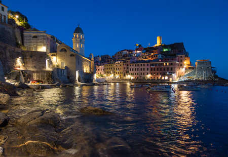 Vernazza (Italy) - A view of Vernazza, one of Five Lands villages in the coastline of Liguria region, part of the Cinque Terre National Park Reklamní fotografie