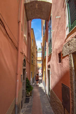 Manarola (Italy) - A view of historical center with alley, in the Cinque Terre Reklamní fotografie