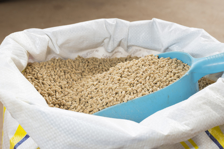 aliments pour animaux et lable