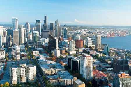 rainier: Seattle downtown skyline with view of Mt Rainier in distance