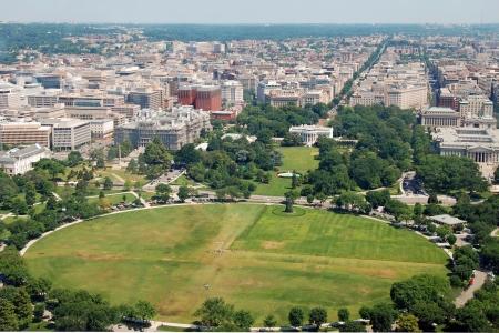 ワシントン記念塔からワシントン dc のホワイトハウスの航空写真 写真素材