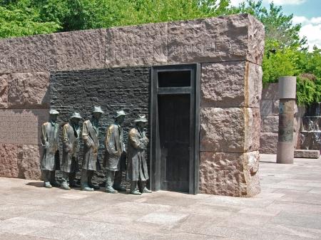 フランクリン ・ デラノ ・ ルーズベルト記念ワシントン DC での飢餓彫刻の屋外の表示