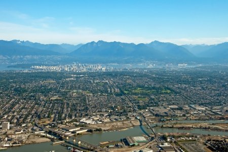 district of colombia: Vancouver citt� centro in British Columbia, con belle montagne Archivio Fotografico