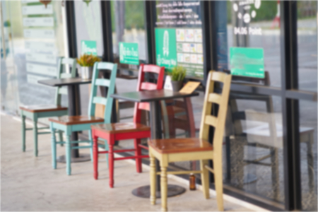 Blur photo of colorful wooden chair 免版税图像