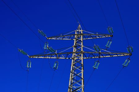 convertor: picture of power pole of high tension
