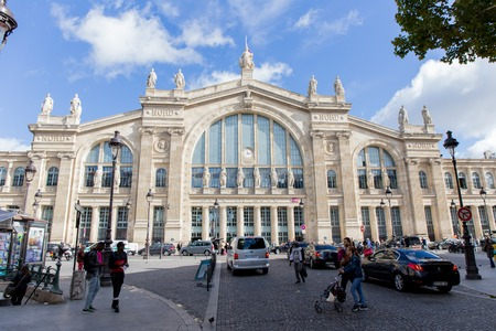 nord: PARIS, FRANCE - SEPTEMBER 9, 2015: Gare du Nord station in Paris is the busiest railway station in Europe