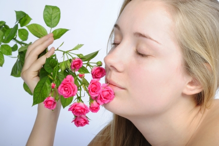 nacked: younger beautiful girl blonde with rose