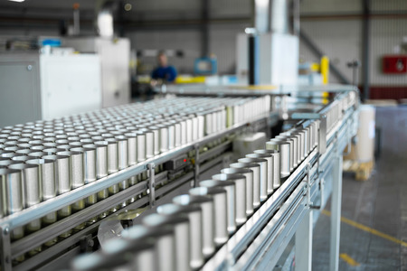 conveyor for the production of cans