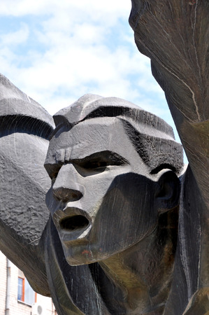 feat: Fragmento Monumento Mikhail Panikakha en la ciudad de Volgogrado El h�roe que, situado en c�ctel Molotov fuego s, se precipit� en el tanque alem�n y prendieron fuego a la misma La haza�a se hizo durante la batalla de Stalingrado
