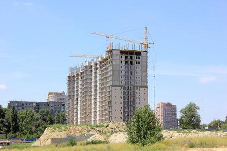 volgograd: Building of the new house in the city of Volgograd