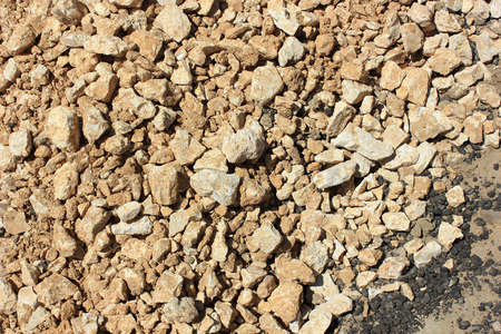 gravel roads: Yellow gravel for laying of asphalt roads and filling of emptiness