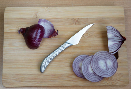 jobbing: Small knife for a jobbing and cleaning of vegetables and fruit