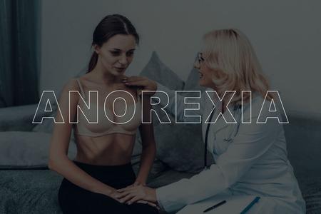 Woman With Anorexia. Consultation With Doctor. Weight Loss. Banque d'images
