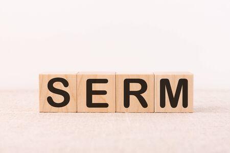 SERM word concept written on a light table and light background 版權商用圖片