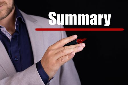 SUMMARY text written by businessman hand with marker. Business concept. Imagens
