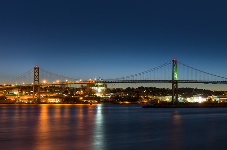 Angus L. Macdonald Bridge that connects Halifax to Dartmouth (Nova Scotia, Canada) Stock fotó