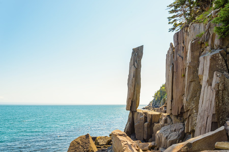 Balancing Rock on Long Island (Nova Scotia, Canada)