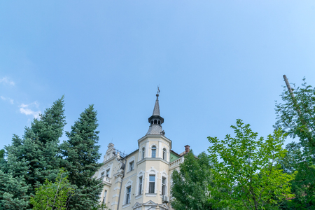 Beautiful house on a summer day in Brasov, Romania. 스톡 콘텐츠