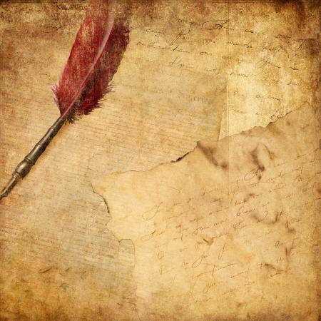 papel quemado: fondo de la vendimia con la pluma y la escritura