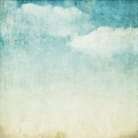 ビンテージ: 雲と青い日陰でビンテージ背景