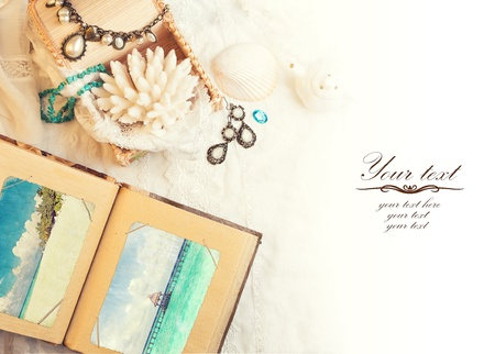 vanil: vintage background with a photo album. Romantic photo
