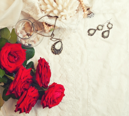 vanil: Vintage background with rose and jewelry