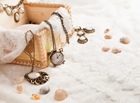 jewellery box: Vintage background with watch. Romantic photo Stock Photo