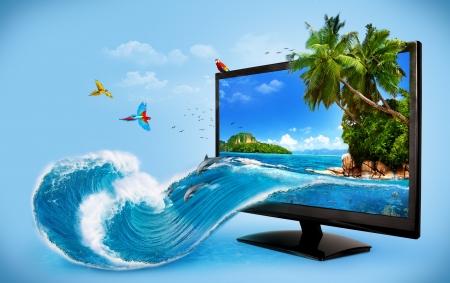 Tropické pozadí z monitoru počítače. Cestování, dovolená Stříkající vodě