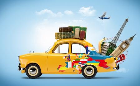 reise retro: Anreise mit dem Auto Sehenswürdigkeiten von Europa Lizenzfreie Bilder