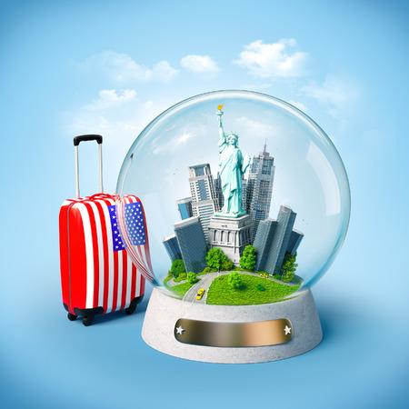 valigia: Statua della Libertà e edifici nella palla di vetro. Insolito illustrazione di viaggio. USA