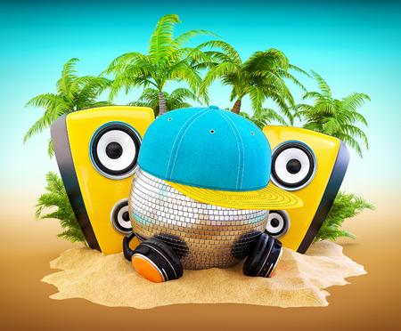 fiestas electronicas: Bola de espejos con gorra y auriculares. DJ en la fiesta en la playa.