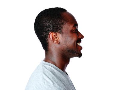 visage homme: Vue latérale portrait de l'homme africain sur fond blanc Banque d'images