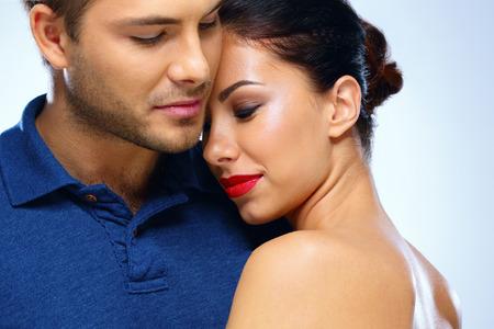 donna sexy: Ritratto di una giovane coppia in amore Archivio Fotografico