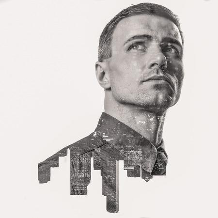 empresarios: Doble exposición de una ciudad y de negocios profesional retrato mirando hacia arriba Foto de archivo